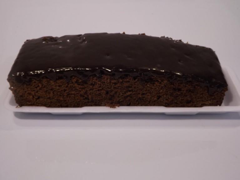 Bolo de chocolate com cobertura de chocolate,1461